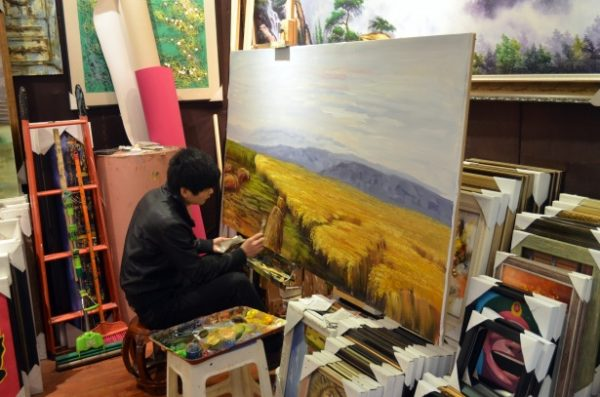 Featured image - Willow Tree House Art Competition